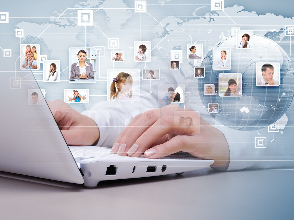 Зачем бизнесу реклама в социальных сетях